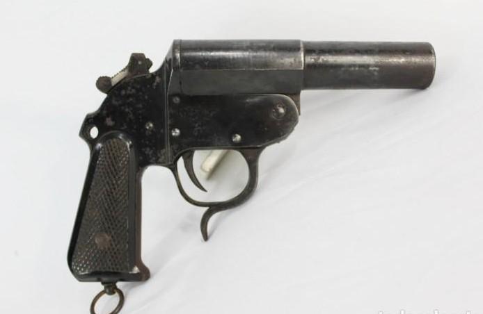Pistola de señales Coruña  Mod. 1943.